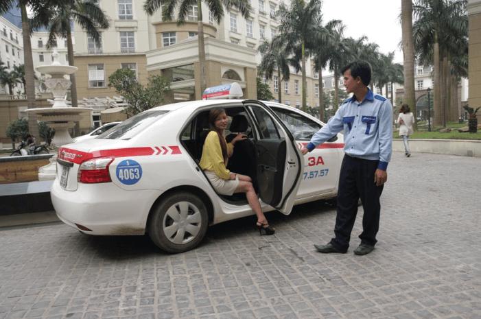 lưu ý khi xin việc lái xe taxi.
